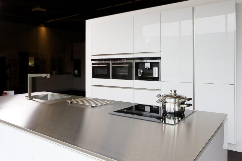 Design Hoogglans Keuken : Hoogglans keuken visker keukens